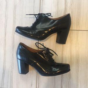 CLARKS Ciera Pier Oxford Wingtip Heels Ankle Boot